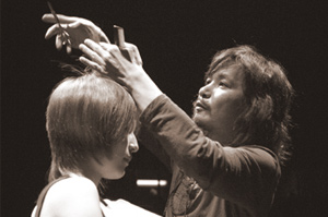 スタイリスト:福田宗司
