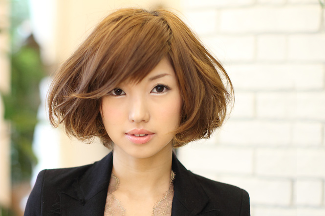 Medium Hair Style & Arrange